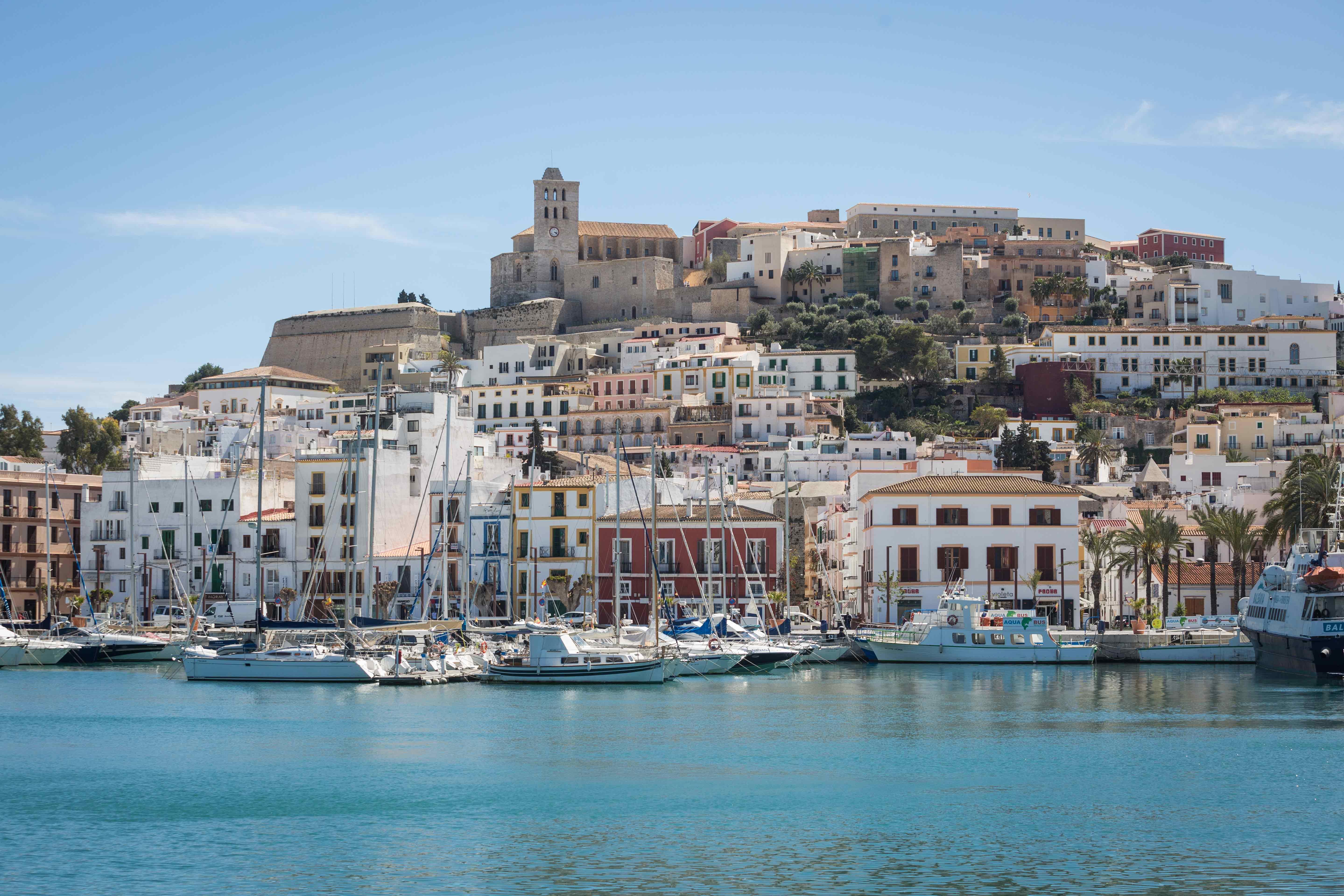 Ibiza: abierto por vacaciones