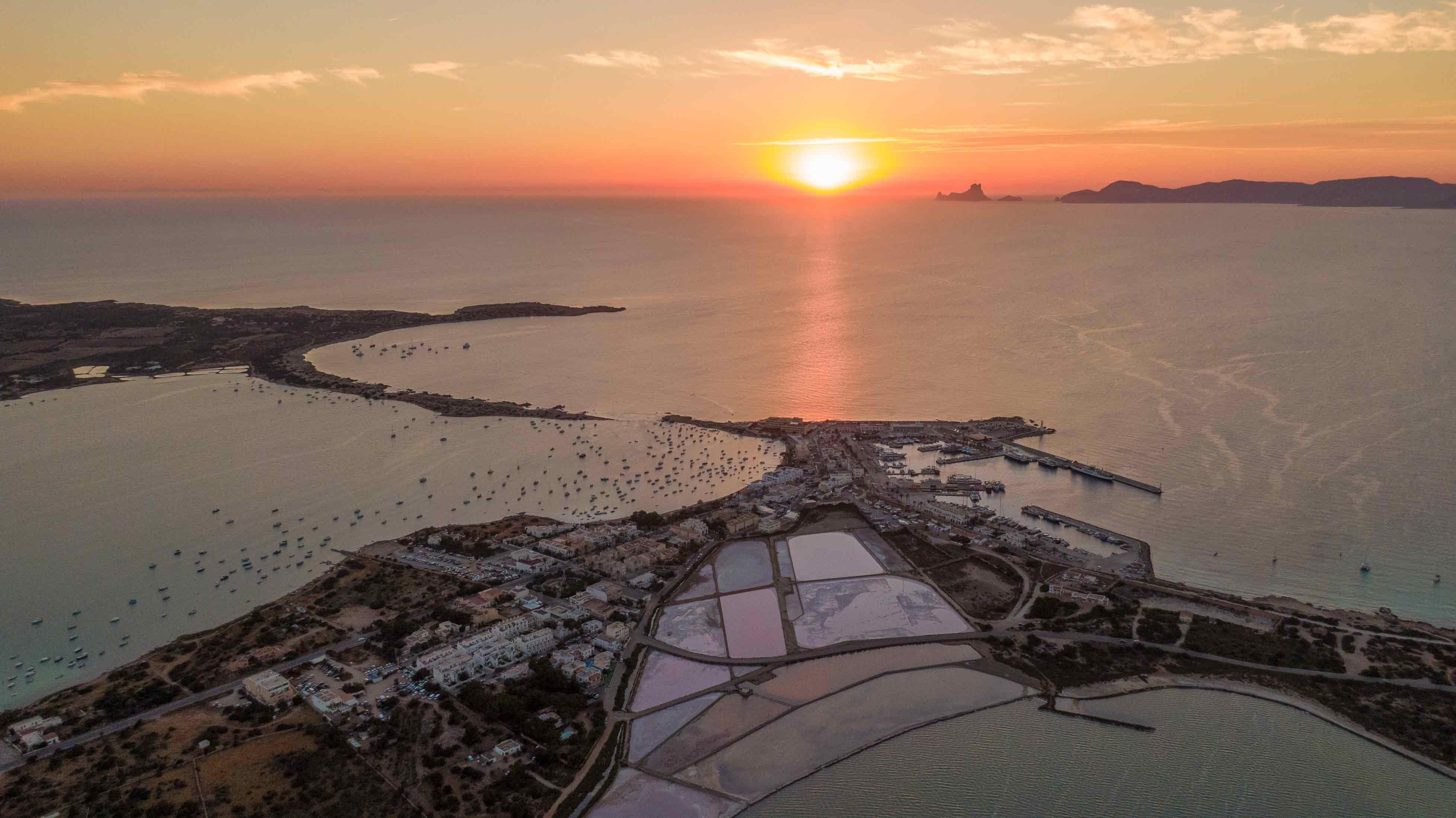 Formentera: sostenibilidad, gastronomía y naturaleza