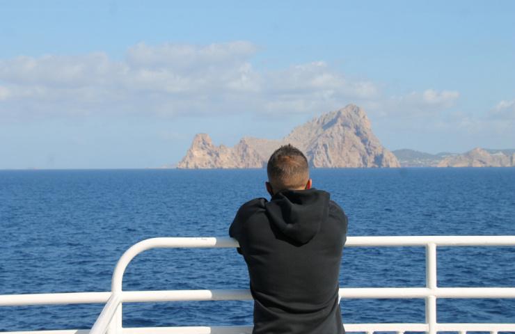 Viajar a València en ferry con tu furgoneta