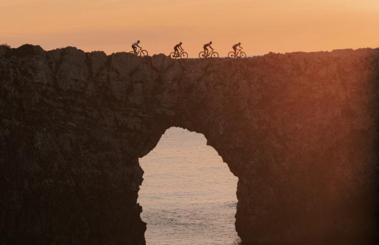 Camí de Cavalls: Descubrir Menorca en bici